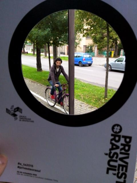 """INF11 / Roxana Boloș / mesaj:""""2 seconds to decide"""" - Viteză, infrastructură, dispariție în oglindă și natură"""