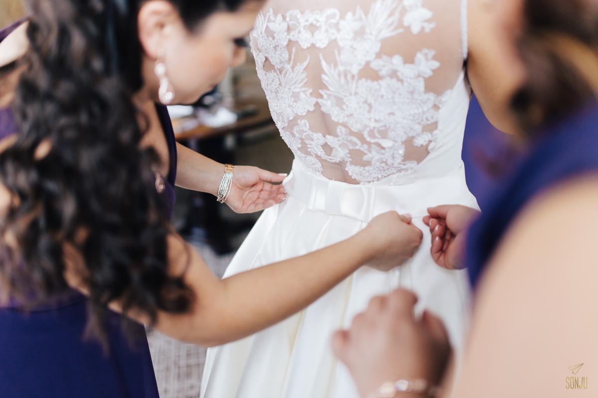Jacaranda-Country-club-wedding-photographer-florida-venue-sonju-diana-marcos14.jpg