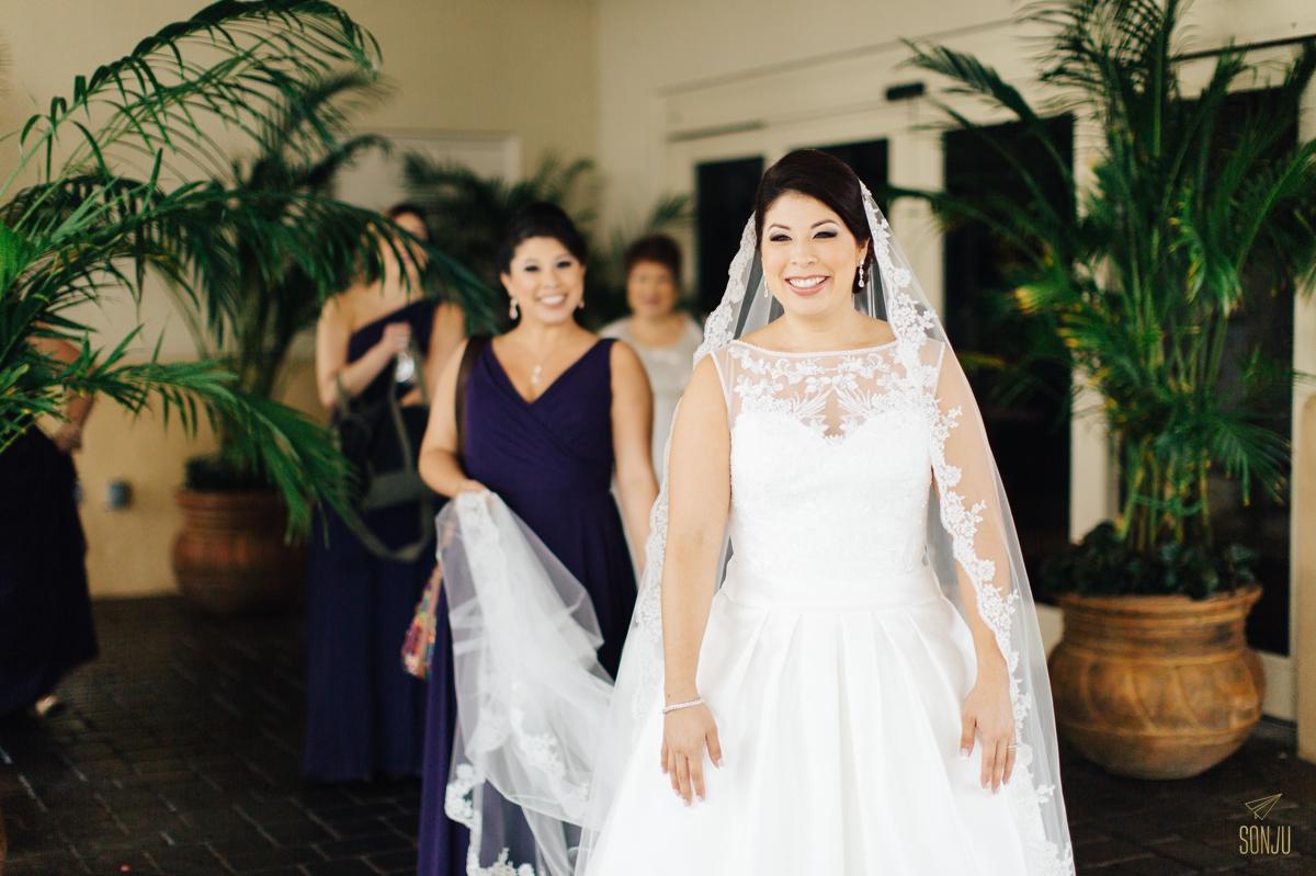 Jacaranda-Country-club-wedding-photographer-florida-venue-sonju-diana-marcos26.jpg