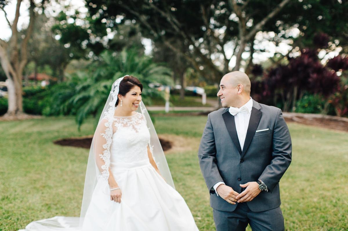 Jacaranda-Country-club-wedding-photographer-florida-venue-sonju-diana-marcos33.jpg