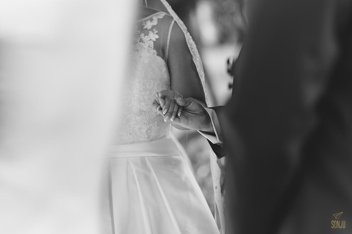 Jacaranda-Country-club-wedding-photographer-florida-venue-sonju-diana-marcos48.jpg