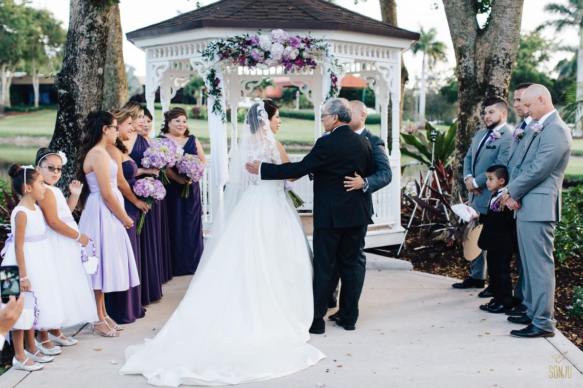 Jacaranda-Country-club-wedding-photographer-florida-venue-sonju-diana-marcos47.jpg