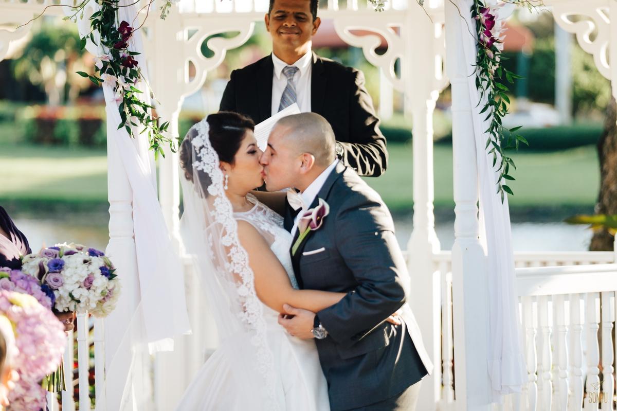 Jacaranda-Country-club-wedding-photographer-florida-venue-sonju-diana-marcos51.jpg