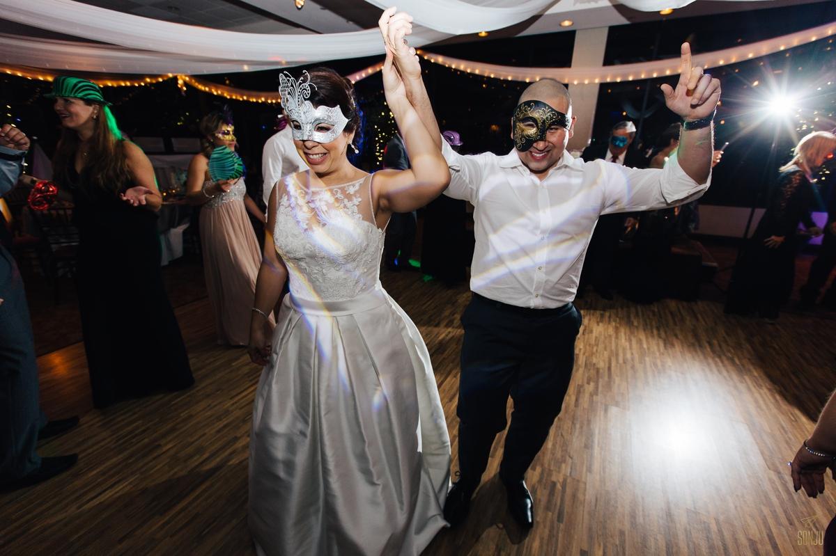 Jacaranda-Country-club-wedding-photographer-florida-venue-sonju-diana-marcos79.jpg