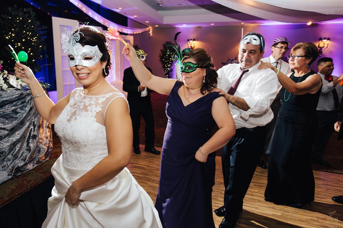 Florida wedding photographer Country Club