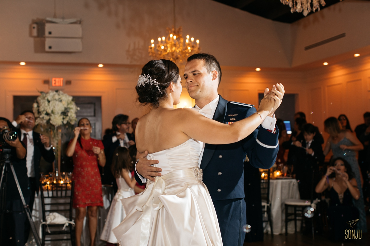 Club-of-Knights-Wedding-Coral-Gables-Photographer-Karen-David-Sonju00037.jpg