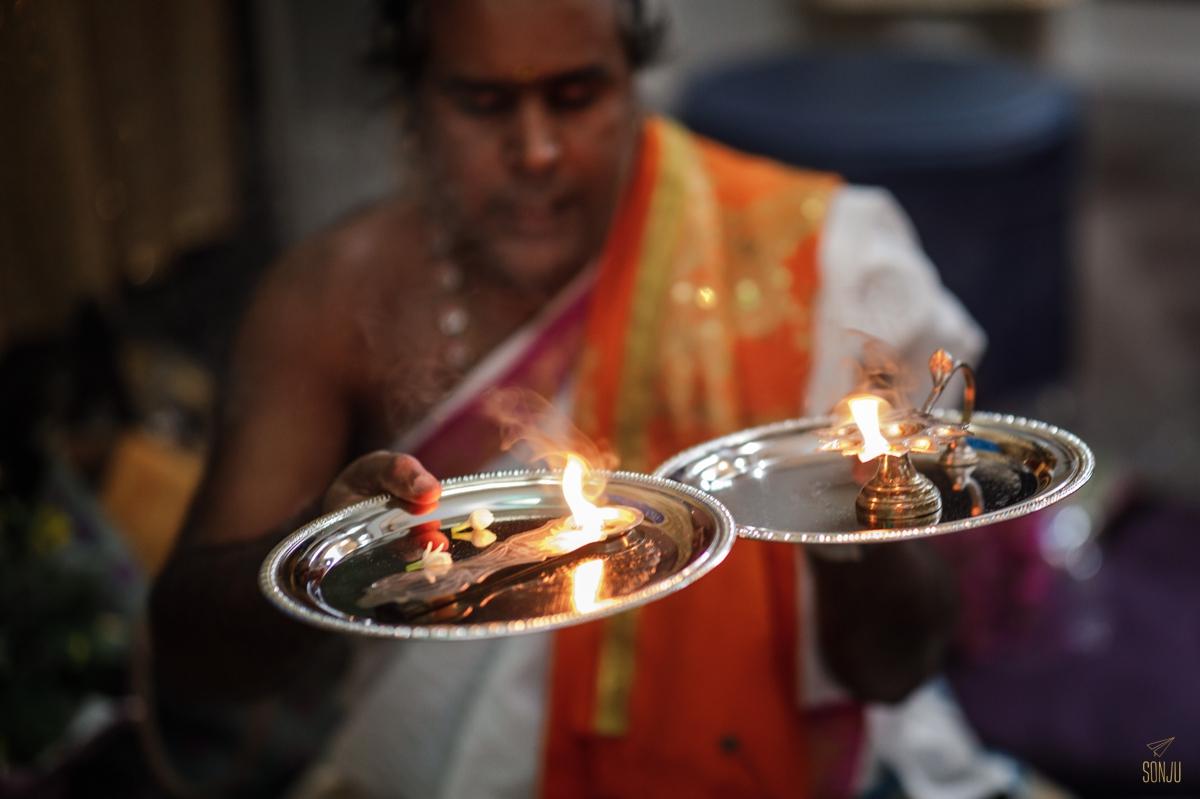 Indian-ceremony-engagement-south-florida-photographer