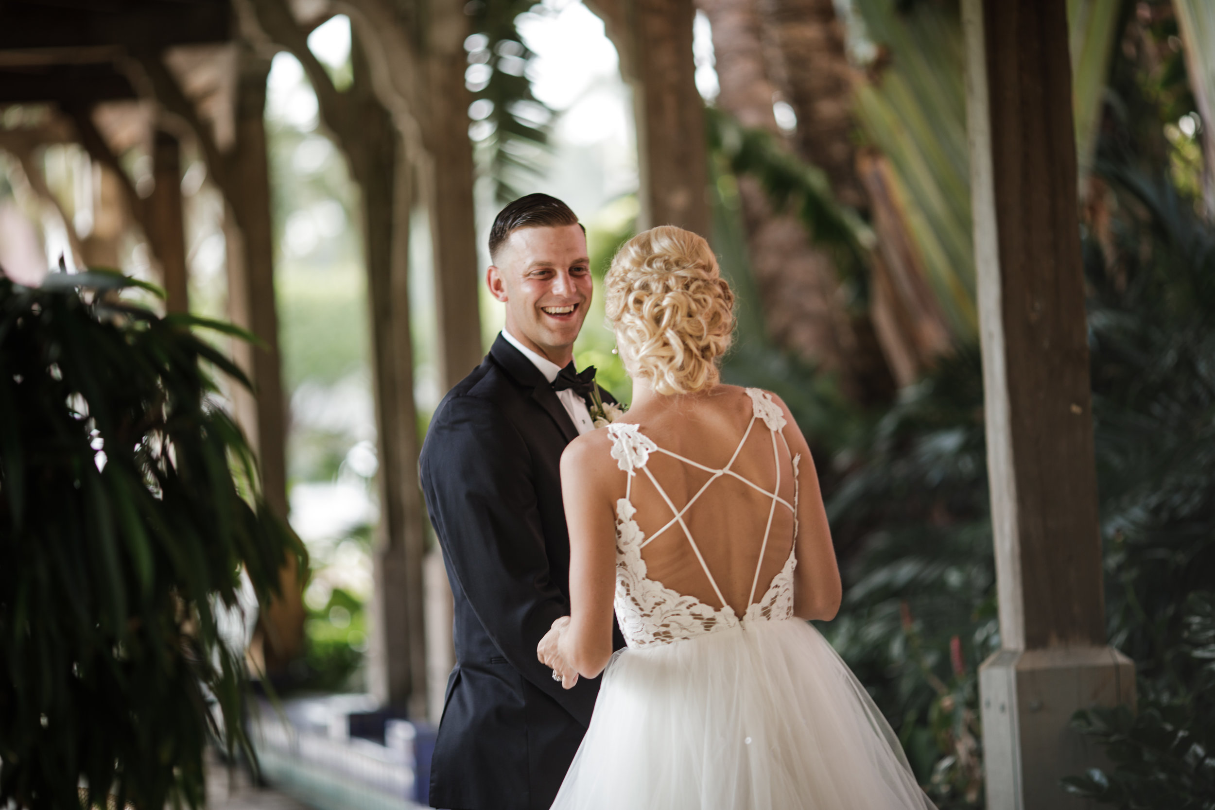 First-look-at-the-Boca-Resort-Wedding-photographer