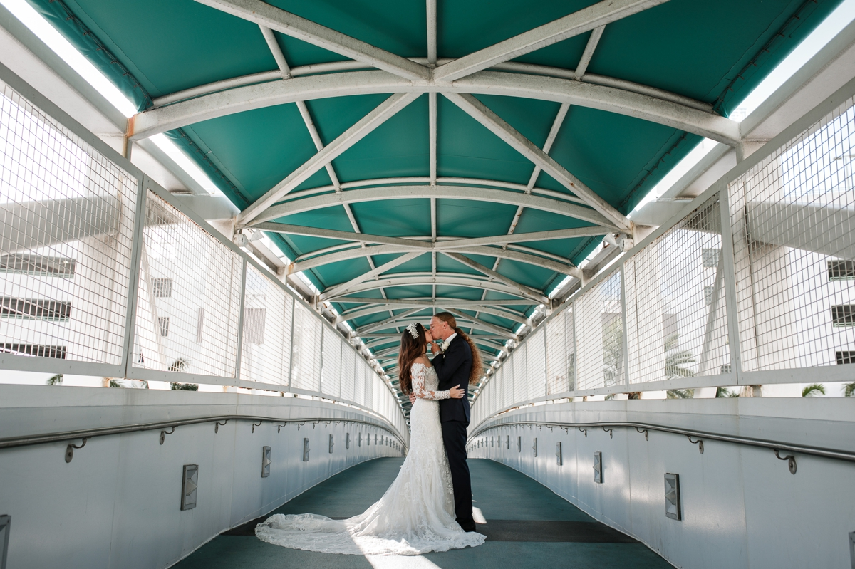 Fort-Lauderdale-Wedding-Photographer-Hollywood-Yacht-Wedding