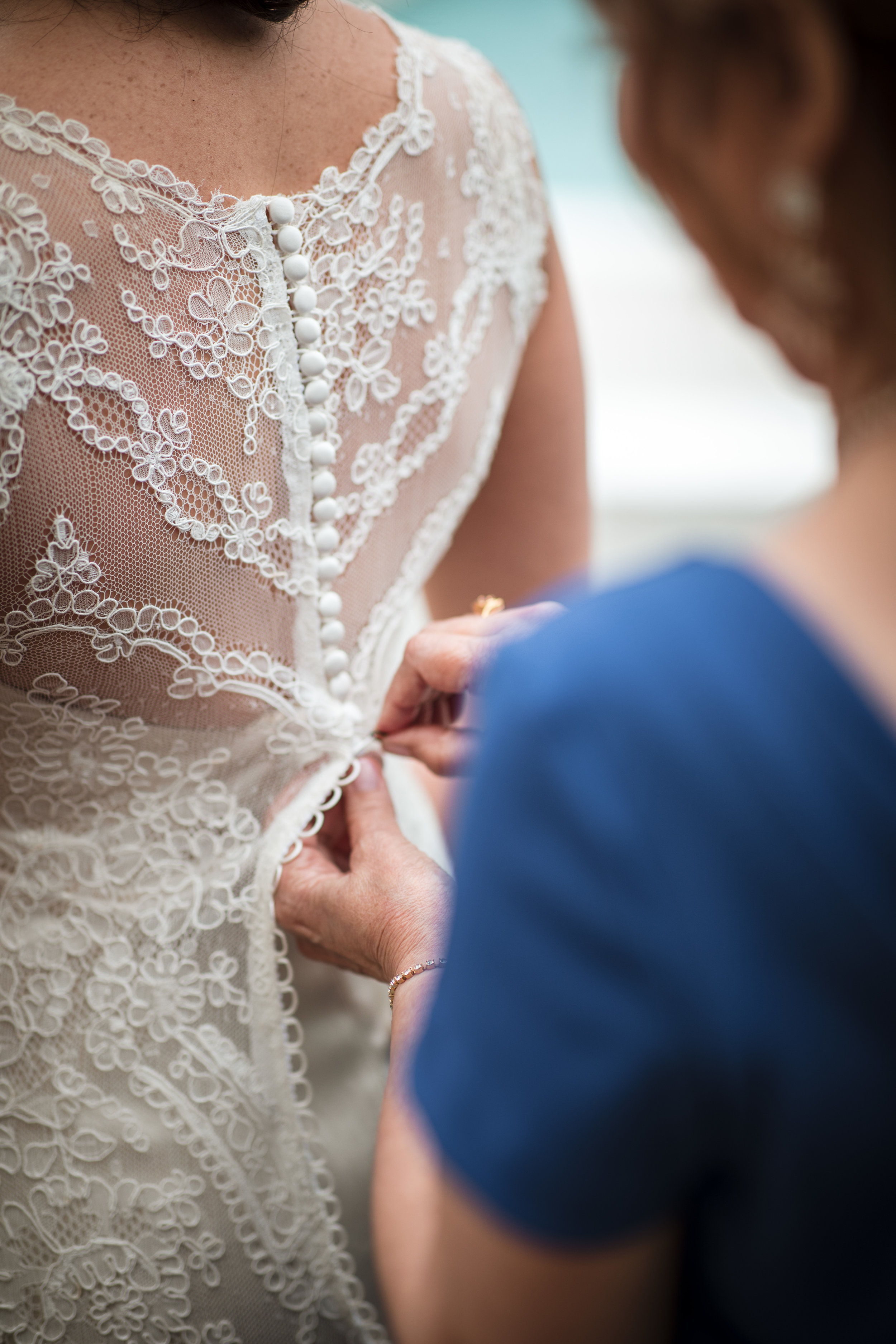 Miami-wedding-photographer-dress-bustling-crochet-hook