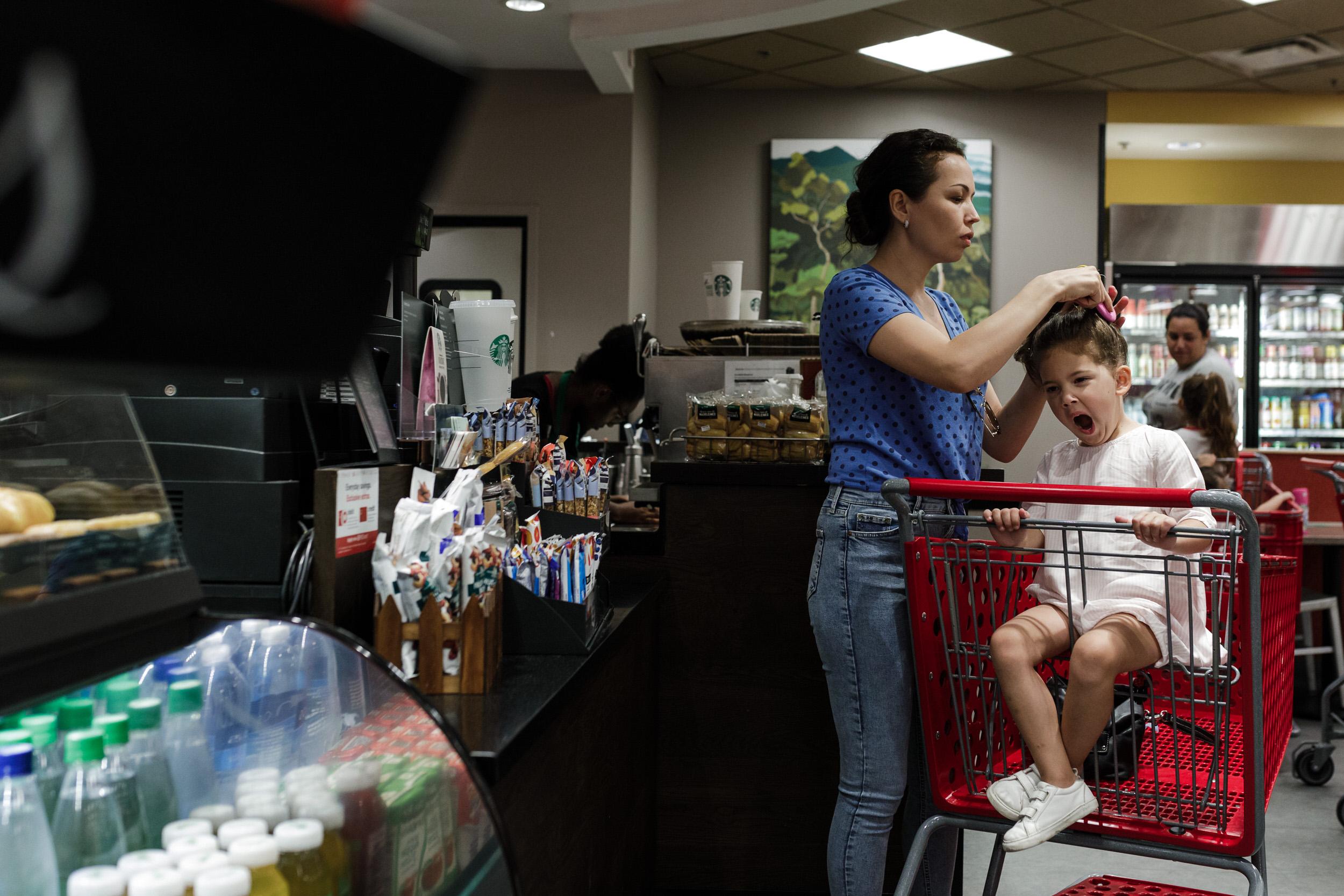 Documentary-family-photographer-in-Miami-Florida-Target