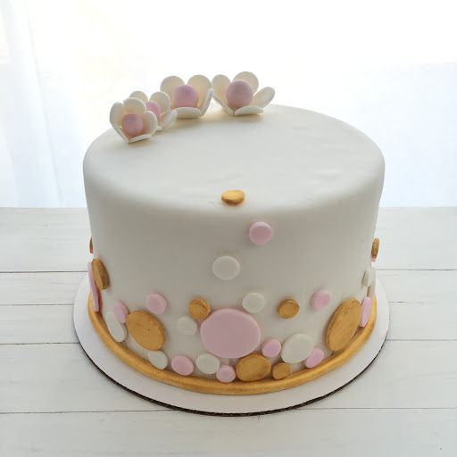 A27. Fondant Baby Shower Cake ($35 Deco).JPG