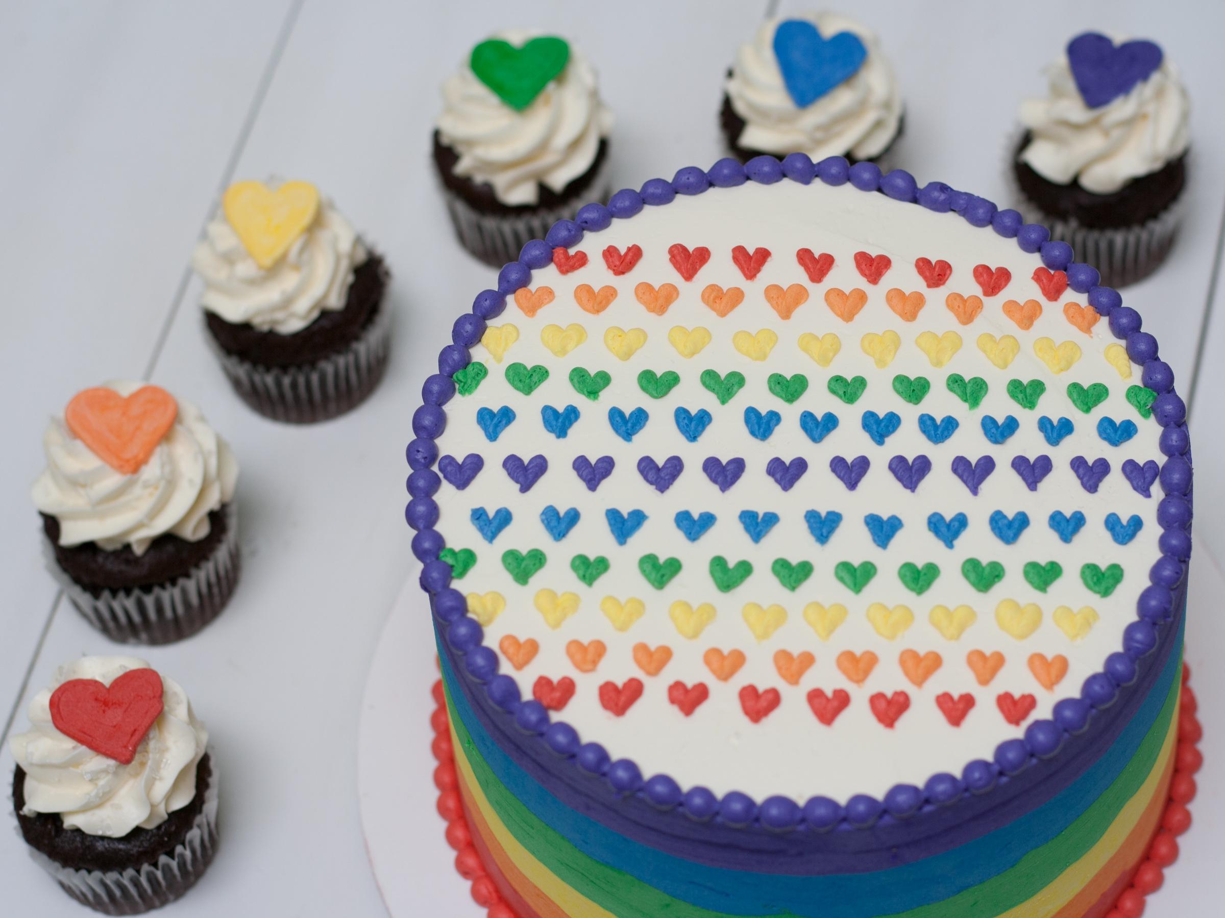 A5. Pride Cake ($20 Deco).jpg