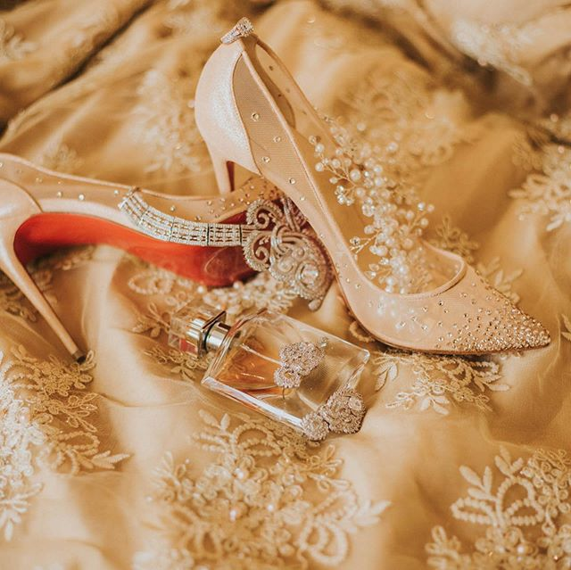 Elegant details + litty dance floors brought to you by @louboutinworld, @lancomeofficial, @5yardfabrics, and @iamthedj!