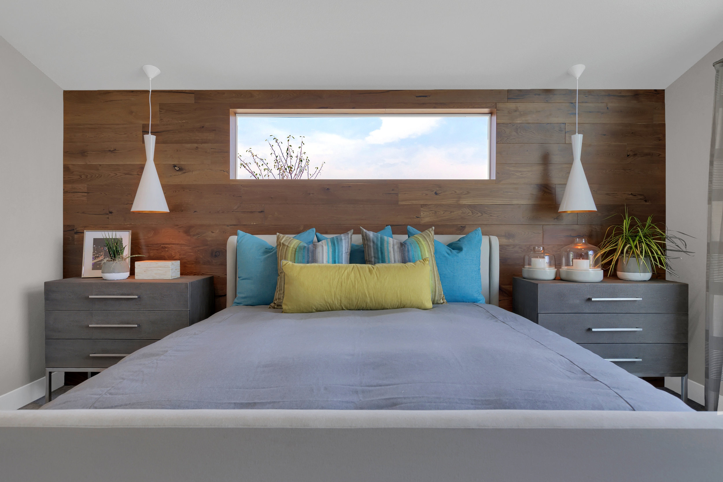 keller-homes-daphne-mid-century-modern-master-bed-colorado-springs.jpg