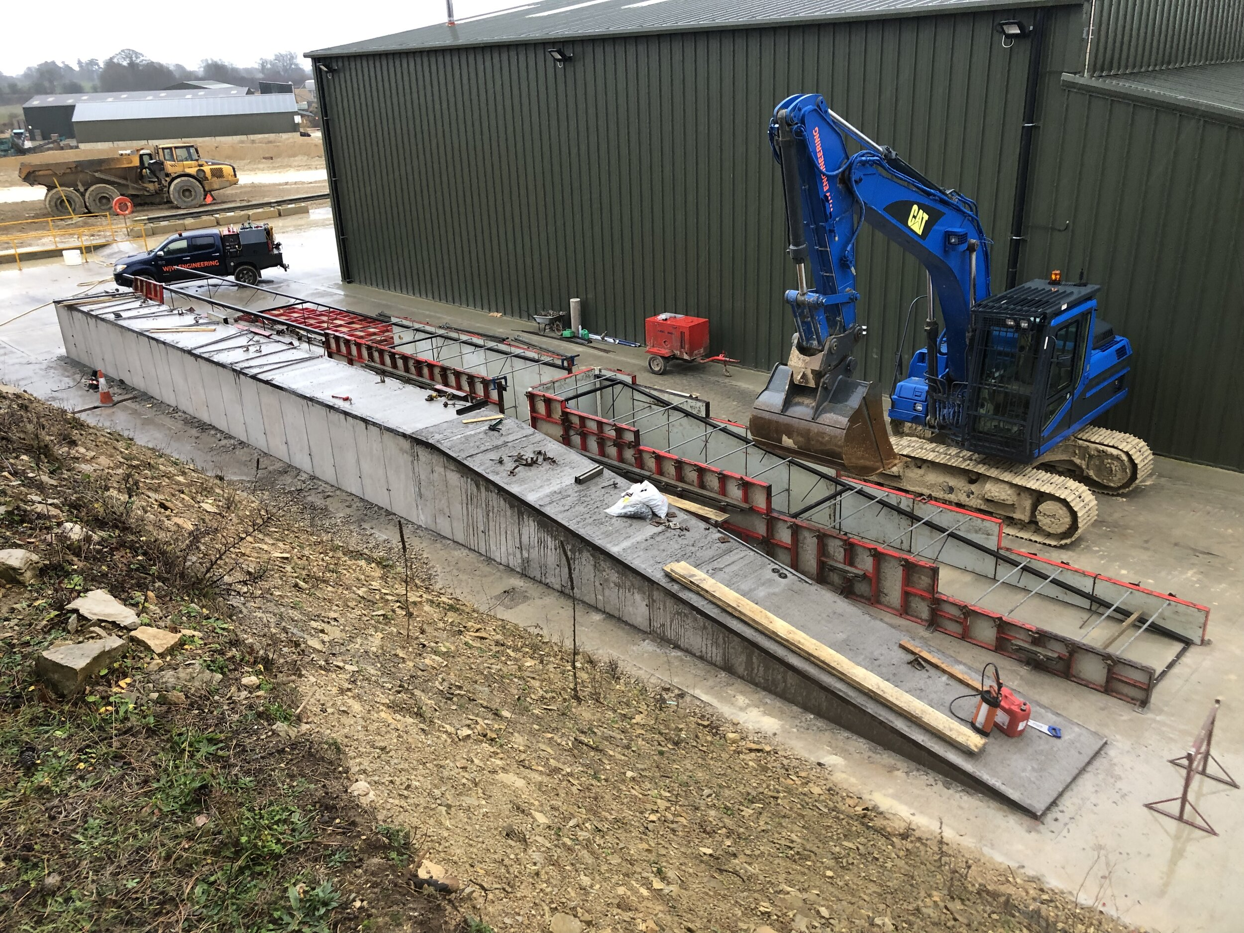 Heavy machine, concrete inspection ramps. Breedon southern