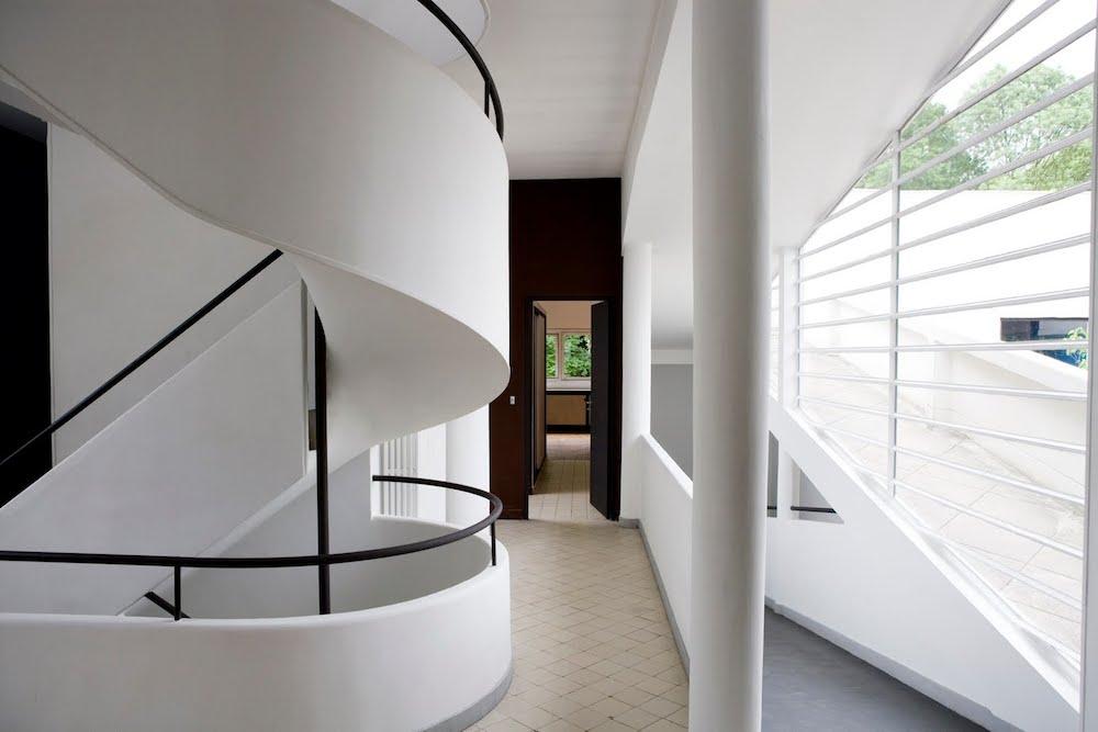 'Pilotis'extending through the 2nd floor of the Villa Savoye, Poissy 1928