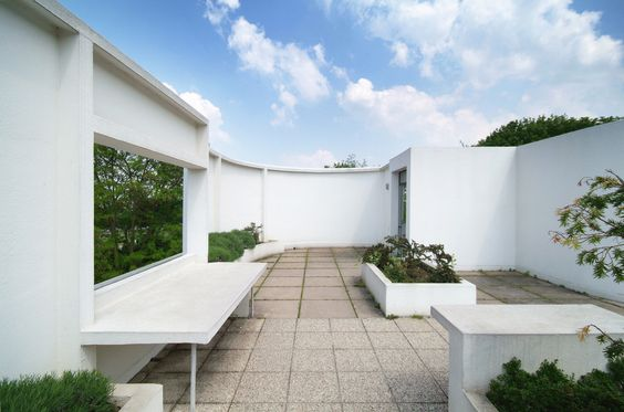 The two tiered roof garden