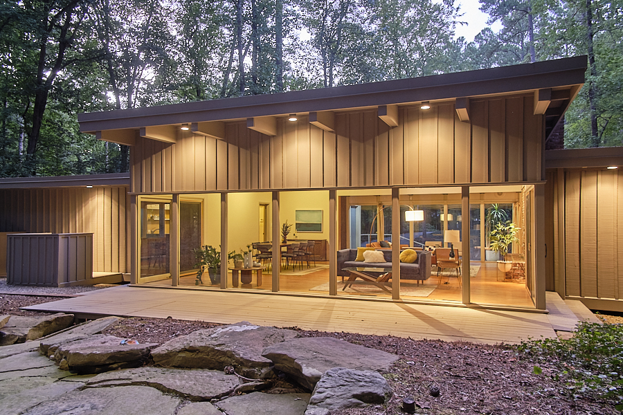 """Modernist """"Cat's Meow"""", Chapel Hill 
