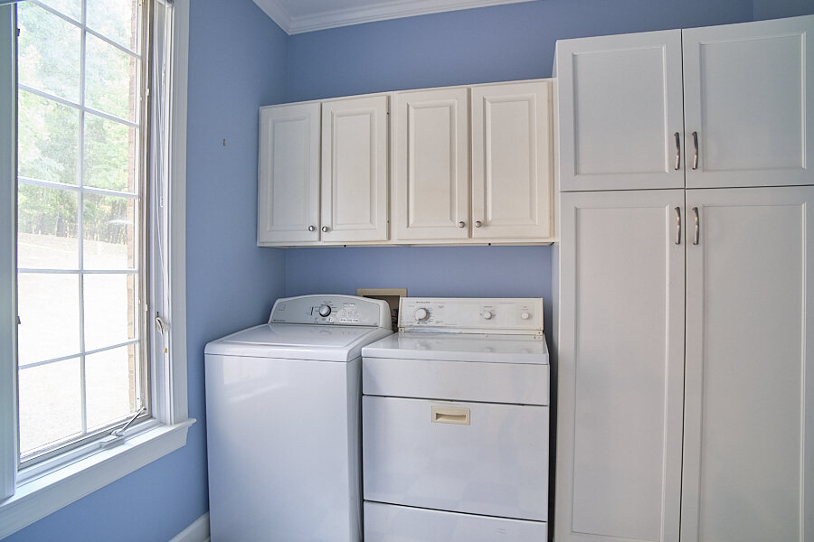 27 Laundry.jpg