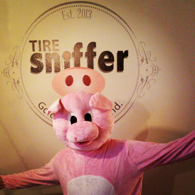 Sniffy Power! #tiresniffer @beazerman u in there? It ain't @madisonmarx. 🐷 🐷 🐷 🐷 🐷 🐷 🐷 🐷 🐷 🐷 🐷 🐷 #pig #costume #pigcostume #startup #dowhatyougottado to #promote