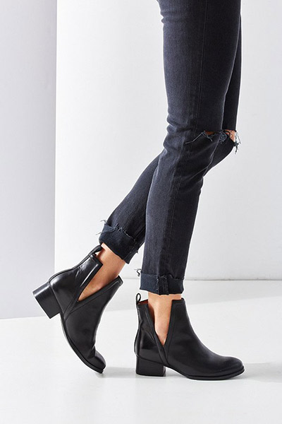 BOTINES CUT OUT - JEFFREY CAMPBELL