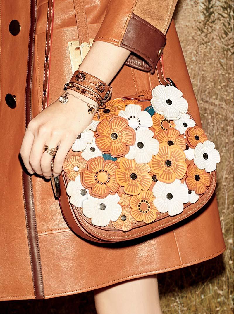 caretra de flores folk de la ultima colección de coach tendencias de moda 2016 top5fashion