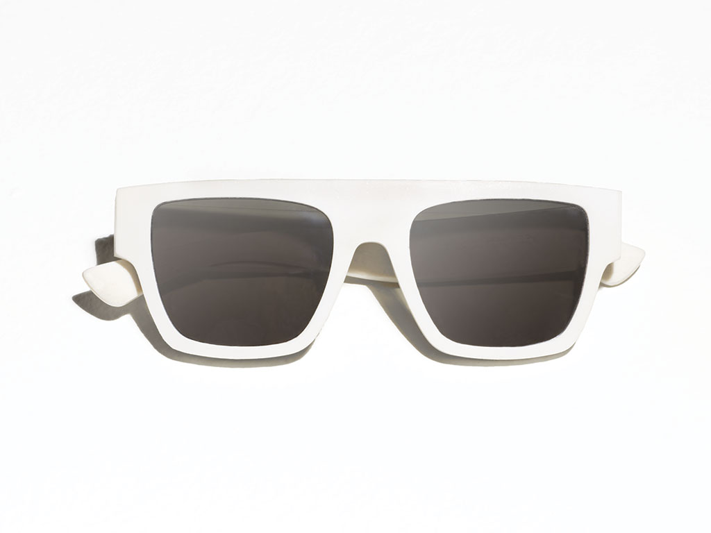 clean-waves-corona-parley-net-a-porter-sunglasses-recycled-plastic-5.jpg