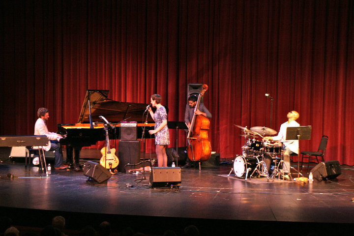 TAYLOR EIGSTI QUARTET - PIANO - BASS - DRUMS - GUITAR OR VOCALS