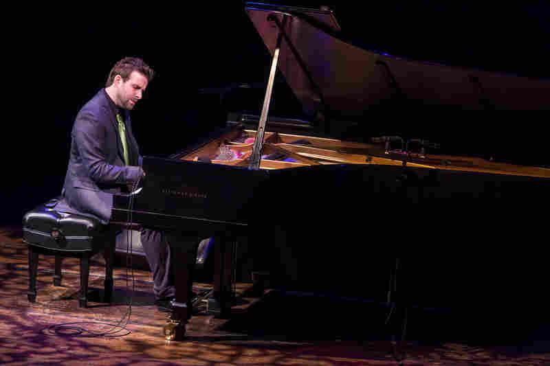 SOLO PIANO -