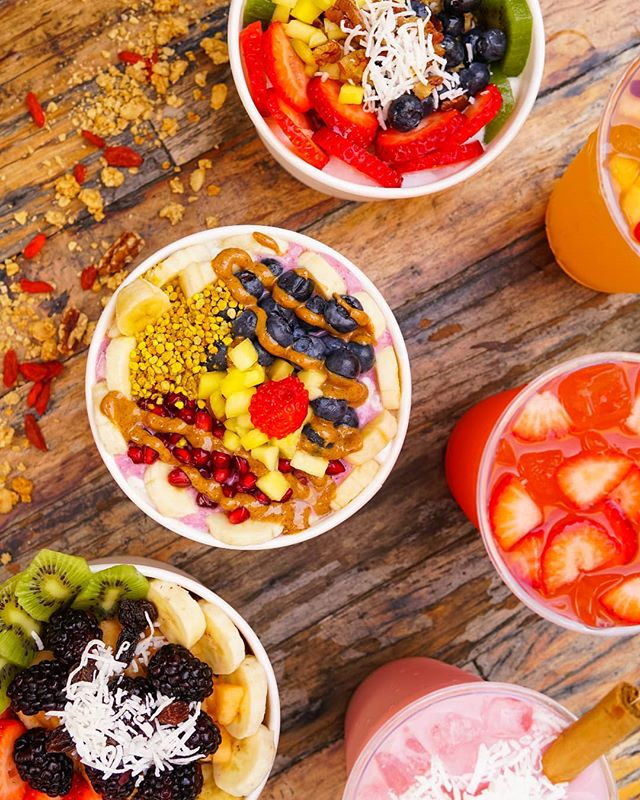 It's the #FirstDayofSpring!! 🌸 A fresh, new season should start with some fresh fruits to match from @mieldtsa! Will you be sipping on fresh #aguafrescas and digging into loaded #acaibowls this #spring? 📸 @marlin_like_the_fish 🍓🥥 #4thStreetMarket #DTSA #SantaAna