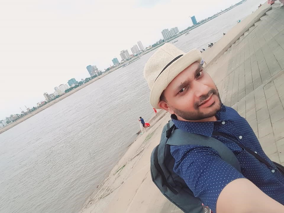 Dr Mohseen Riaz Ud Dean