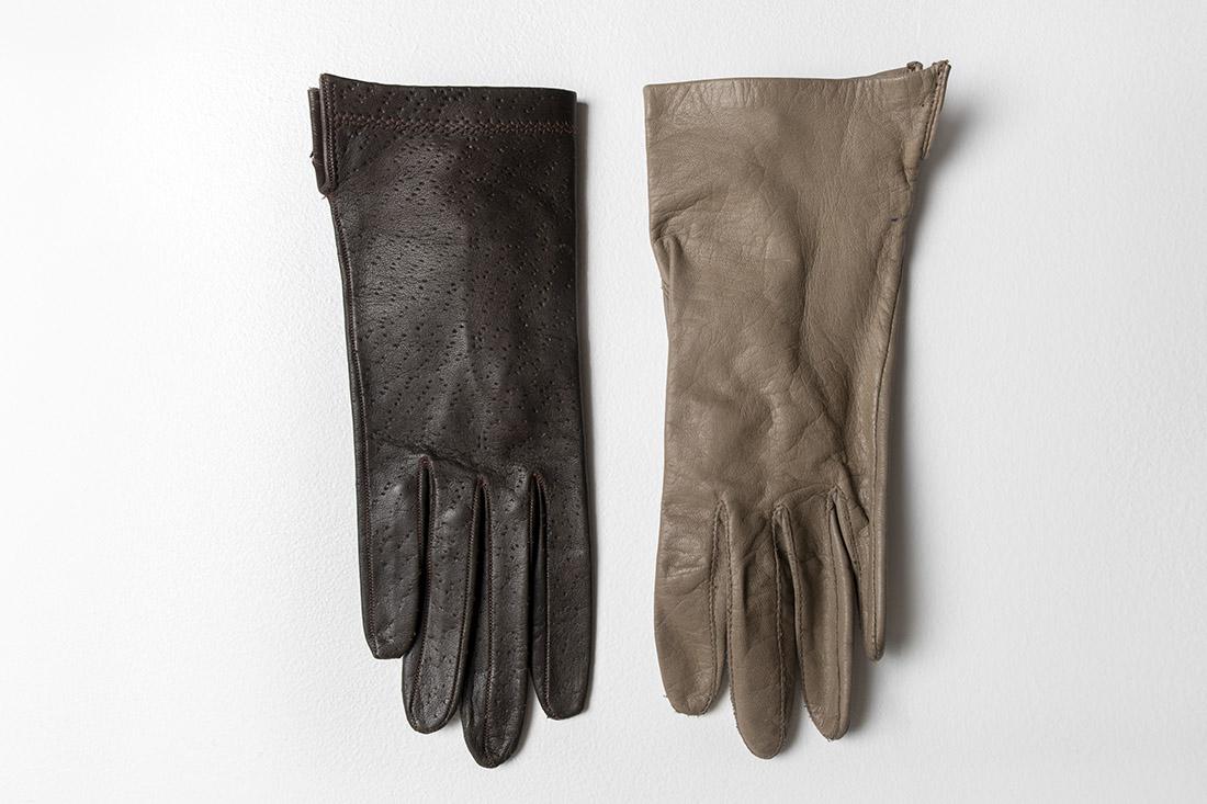 07_Gloves.jpg