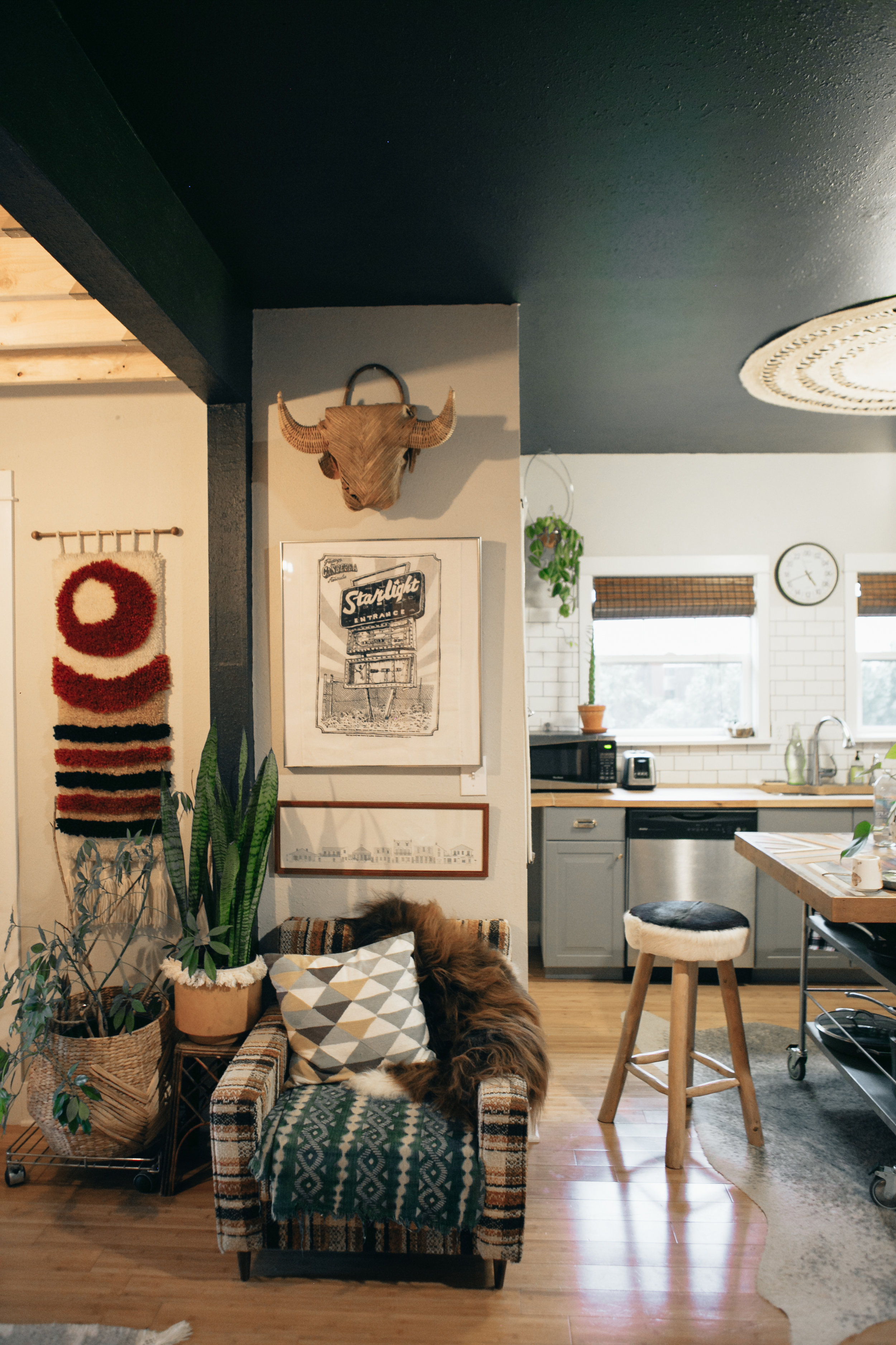 I still can't believe how beautiful and thoughtfully curated the home of Liz Kamurul's is. When Liz posted that she would be renting her home out on airbnb, I knew I had to jump on that opportunity. My only regret is that we couldn't stay longer!