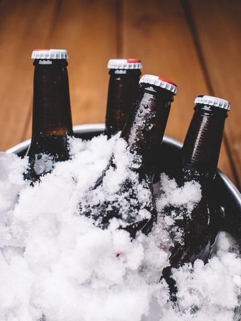 food-snow-wood-party-large.jpg