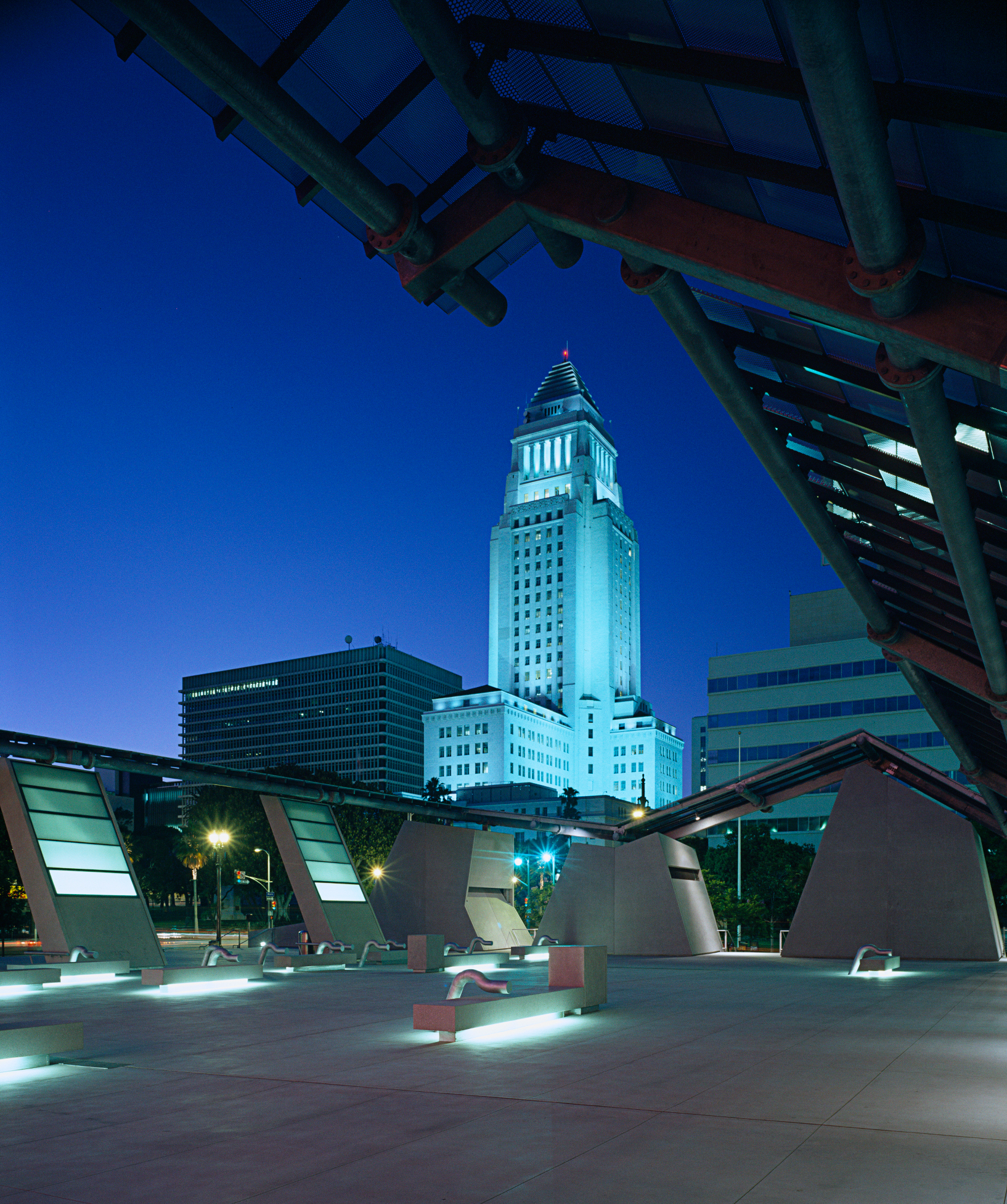 Cal-Trans_City-Hall-001.jpg