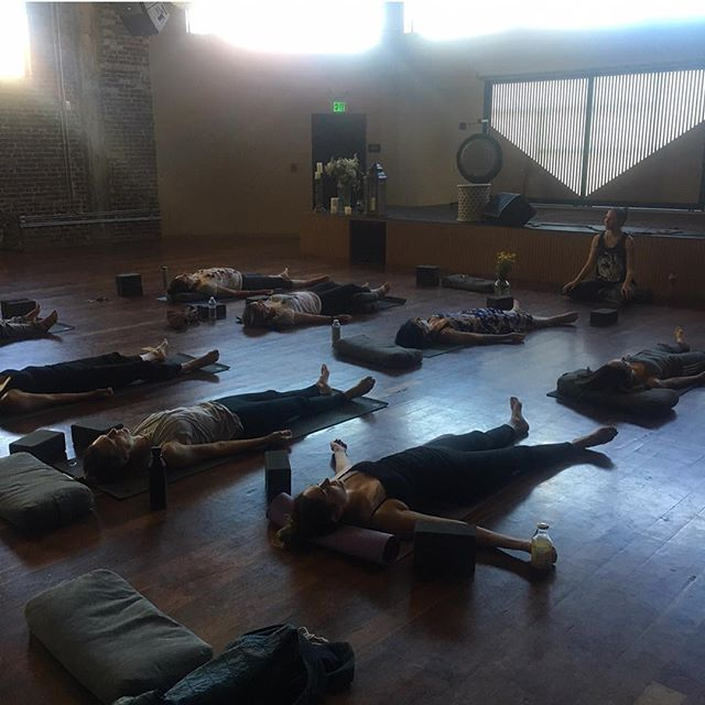 What a #joy to lead #thecelebration with @rachelgrantjackson @wanderlusthlwd on Sunday. A gorgeous group of #powerful #supermamas taking time for themselves. #savasana #selfcare #selflove #divinefeminine #sacredsisterhood #mindfulness #LAmamas #yogamamas #motherhood #thefield #meditation #yoga #mindfulmamas