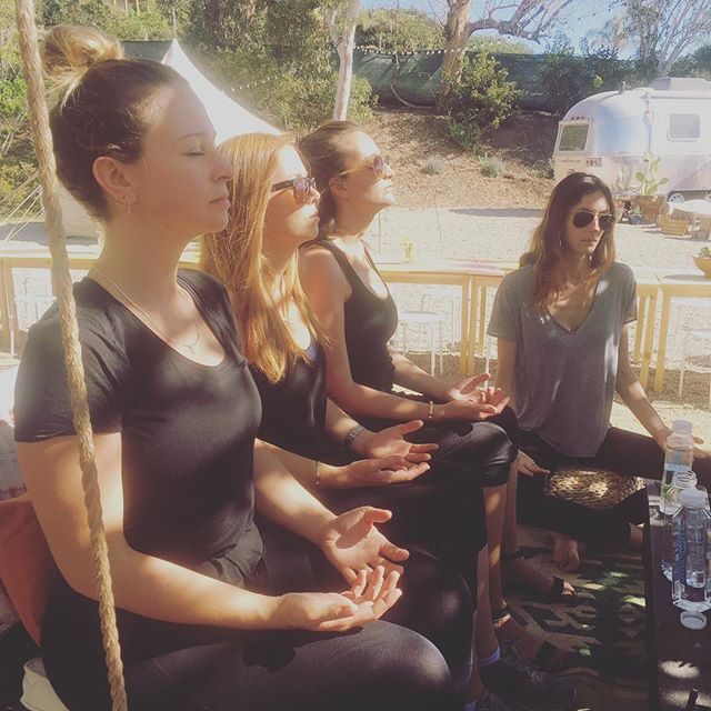 Gorgeous morning at #lululemonresidency in #Malibu celebrating the extraordinary @allianceofmoms. It undid some of the damage we've been feeling all week. #yoga #meditation #sisterhood #divinefeminine #mindfulmamas #motherhood #mindfulness #thefield #thecelebration #community #healing #gratitude #boundlessbeauty @rachelgrantjackson @danikalt