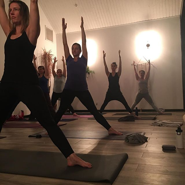 When women come together and stand strong, they change the world. @rachelgrantjackson #yoga #motherhood #workingmoms #LAmoms #thefutureisfeminist #divinefeminine