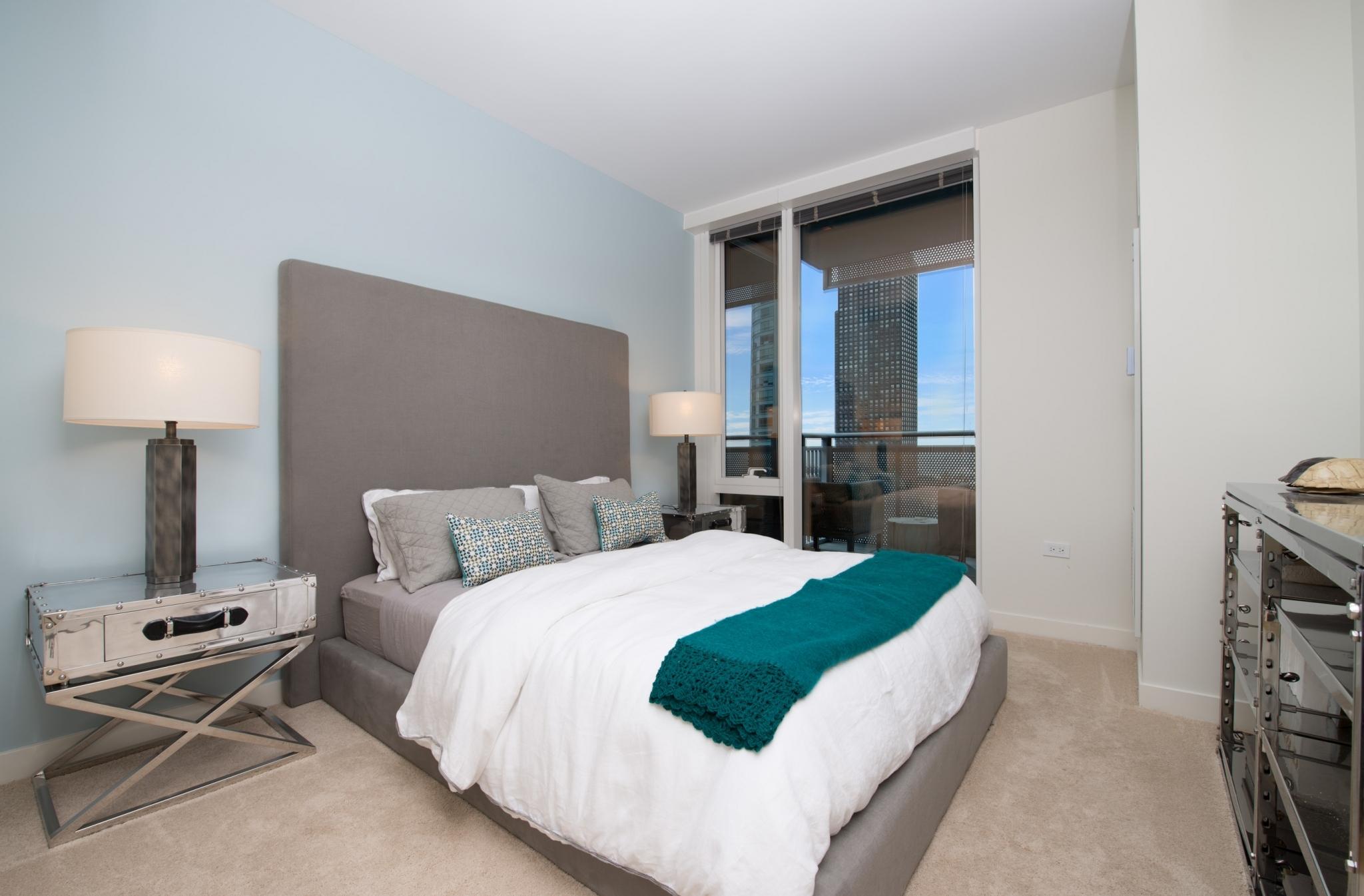 Loews bedroom.jpg