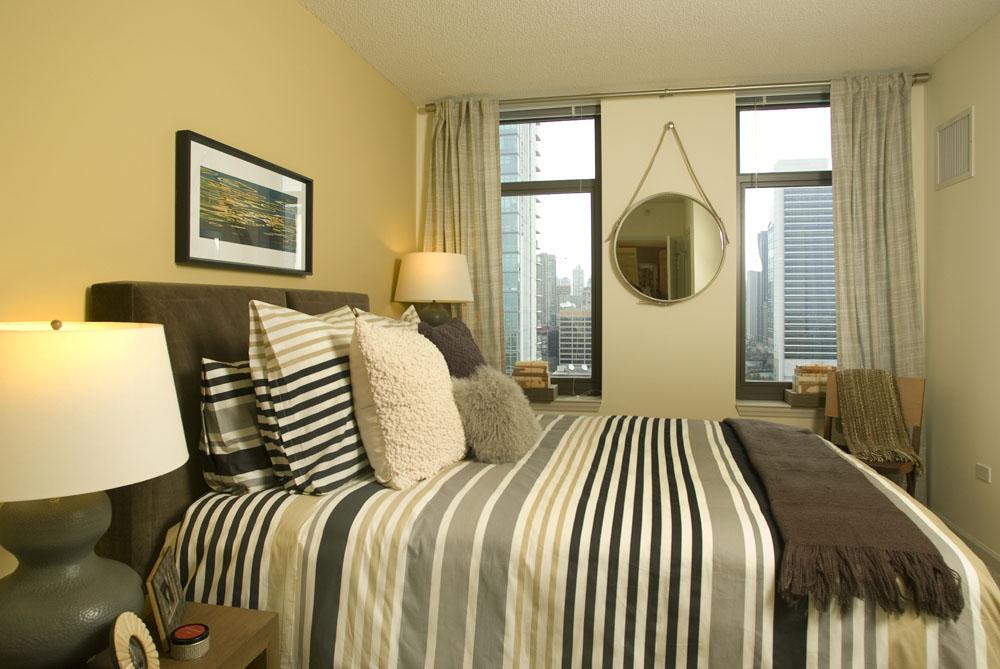 2bed bed.jpg