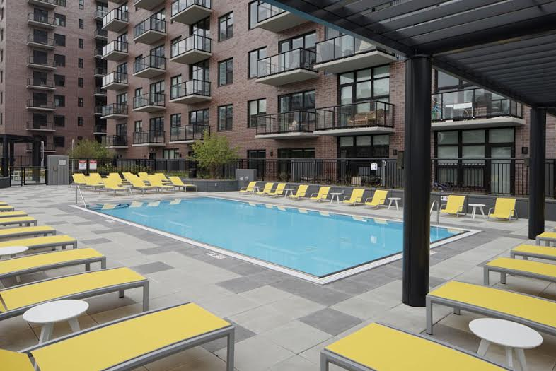 Amli Lofts - Pool.jpg