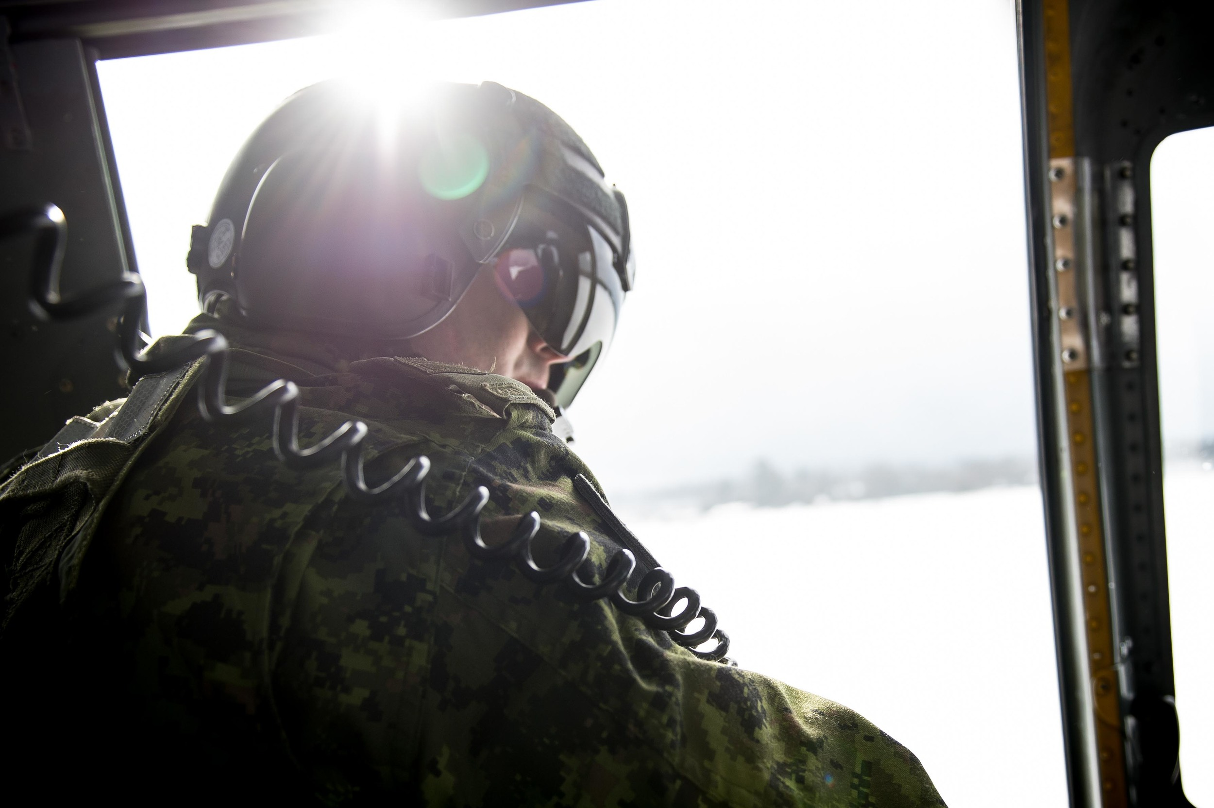 Photo Credit: Cpl Andrew Wesley Canadian Armed Forces © DND-MDN 2016 Settings: F/2.8, 1/640, ISO 160 Equipment: Nikon D4, 24-70mm F/2.8 (Set wide open at 24mm)