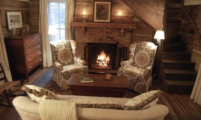 holly house interior.jpg