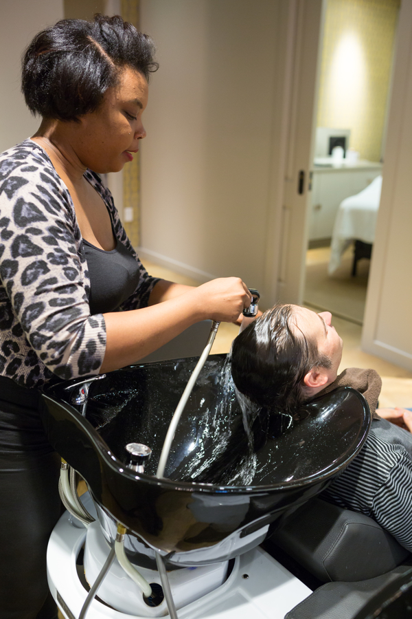 Hair_Washing_KeriGoldSalon.jpg