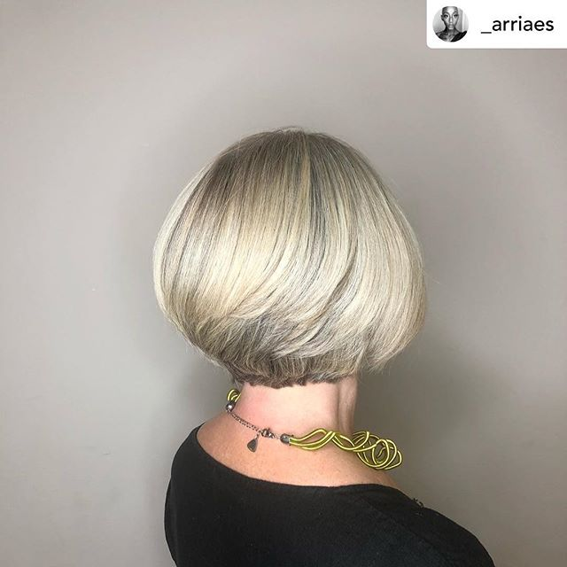 Our level 1 stylist Seairra is a wiz with a cute bob or a sassy short cut of any kind! Take a peek at her page for more examples of her work and book with her ASAP for your spring chop! 💇‍♀️💇‍♂️Posted @withrepost • @_arriaes Silver Bob Beauty ! 🌪 Cut & Style by me !  _ _ _ _ #silverhair #greyhair #bob #bobcut✂️ #kerigoldsalon #creative #hairfun #thebaldstylist #hairartist #beauty #buckheadatlanta #arriaes #diversity