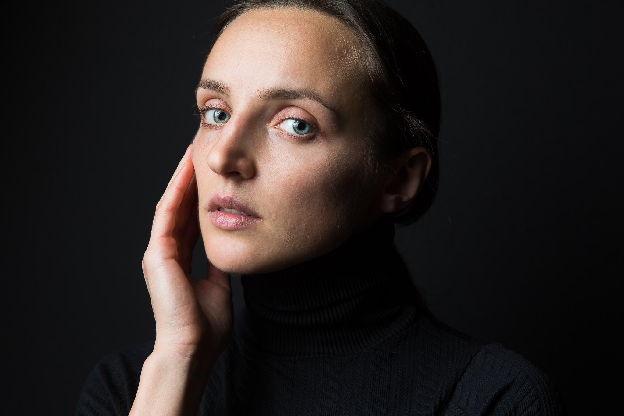 20160104 Anastasia-Products-Portrait-Studio-2994-Edit.jpg