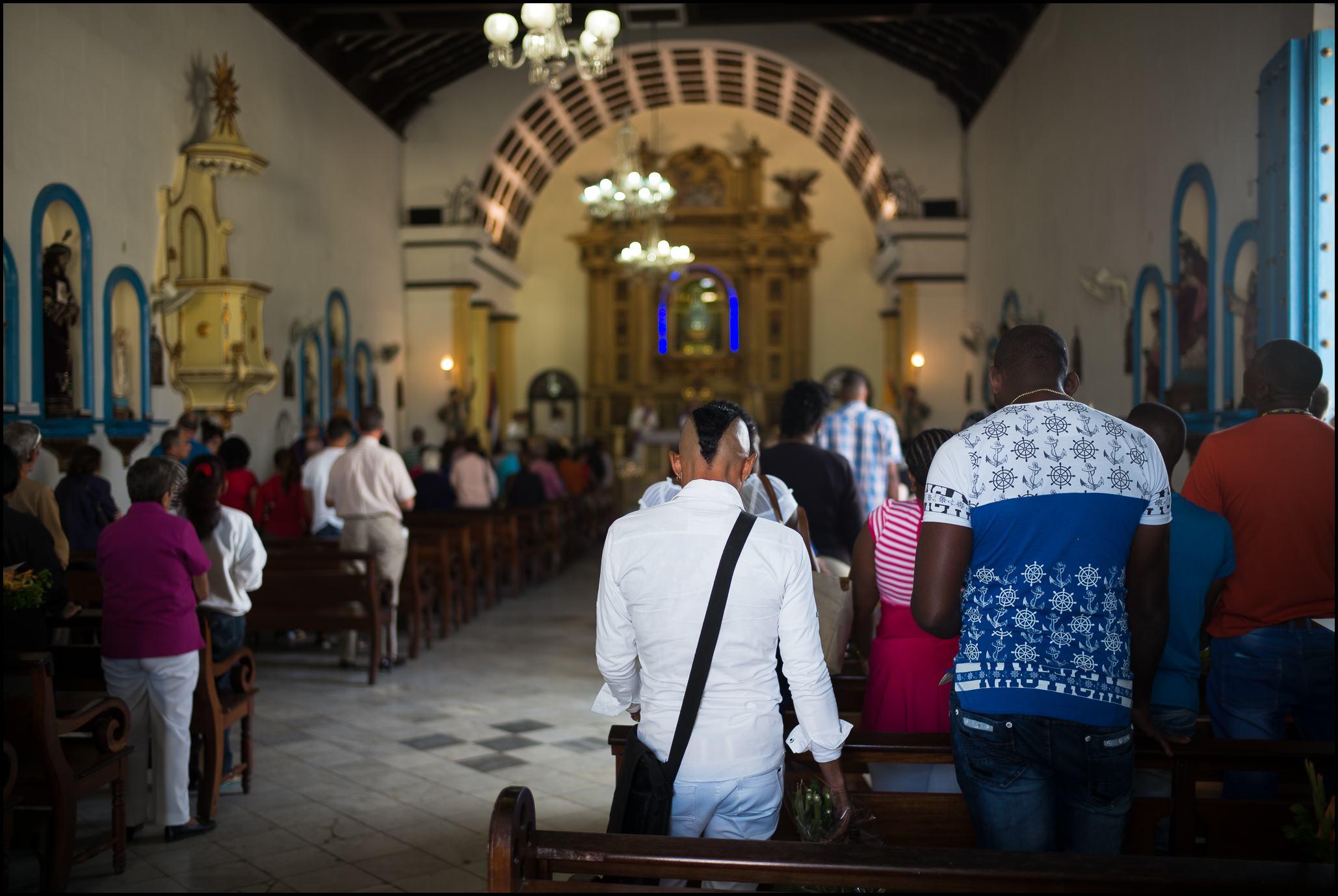 Church Service, Regla