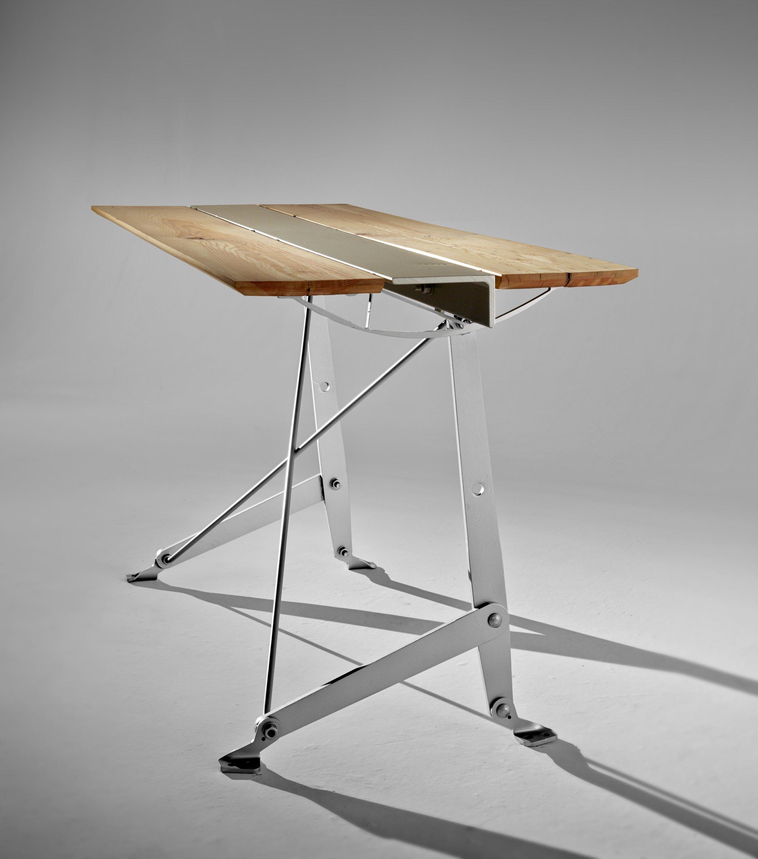 246 bb stand wood ob.jpg