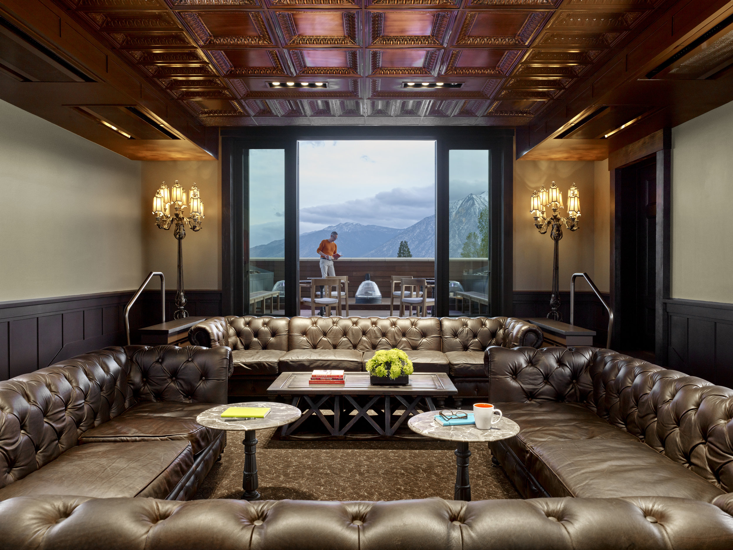 upper lounge looking out - Copy.jpg